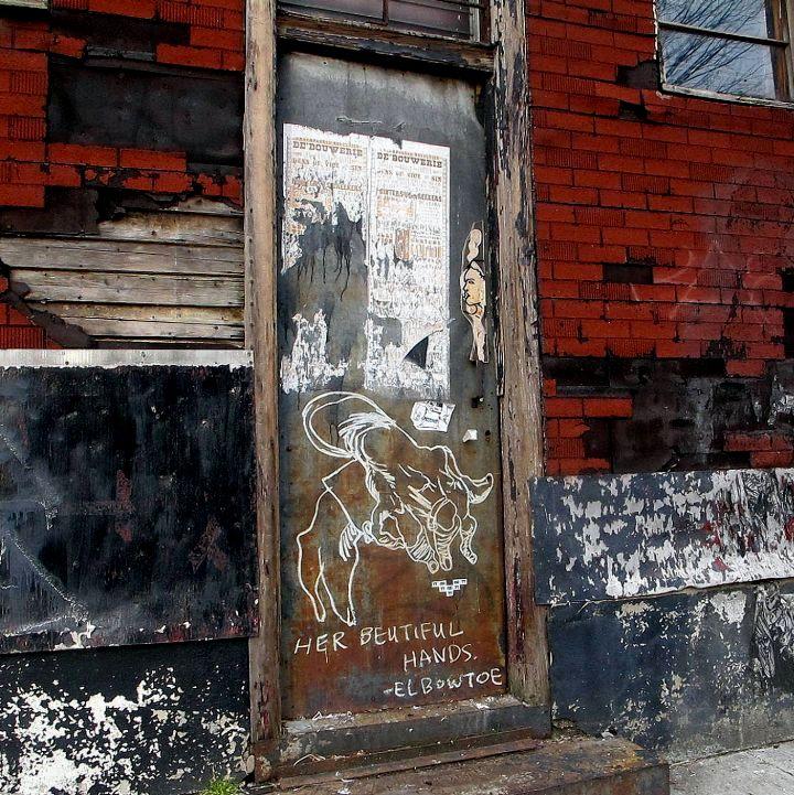 """""""Elbow Toe street art in Brooklyn"""""""