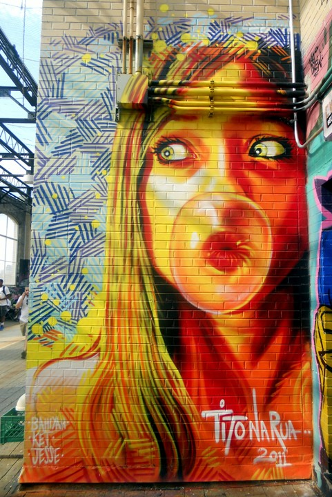 """Tito NaRua street art"""