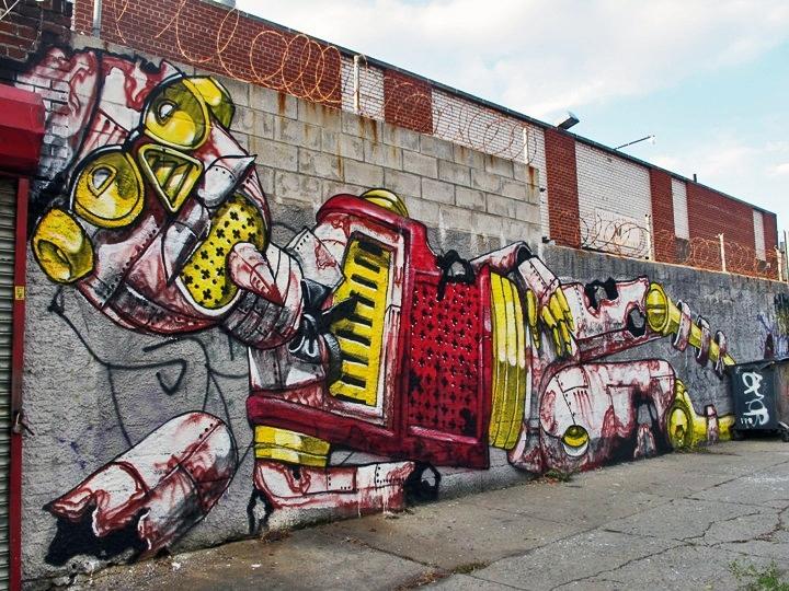 """Pixel Pancho street art"""