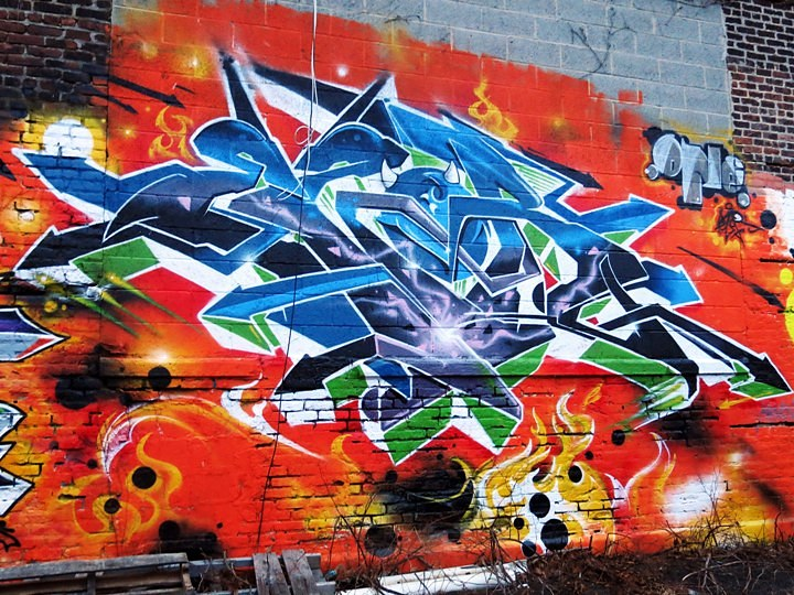 Ezor-graffiti-at-Green-Villain-in-Jersey-City