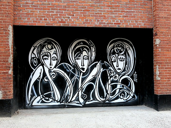 Jordan Betten street art in NYC Girls on Walls, Part VIII: Alice Pasquini, Jordan Betten, Alice Mizrachi, Lady Pink and Mor