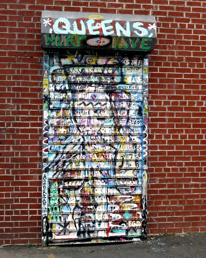kosby art on Welling Court shutter NYC Shutters – Part V: Kenji Takabayashi, Kosby, Zam Art, Sheryo & the Yok, Phetus, Hef, Joseph Meloy, Fumero and Wisher914