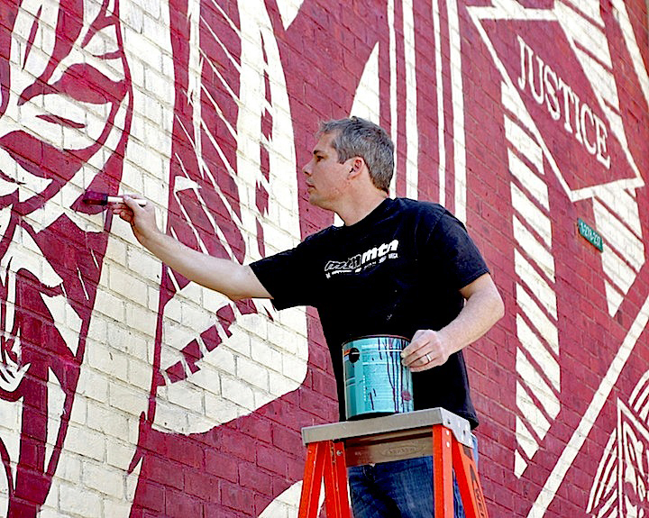 shepard fairey paints Stylish Murals Transform DUMBO's Visual Landscape: Shepard Fairey, Faith47, DALeast, Eltono and MOMO