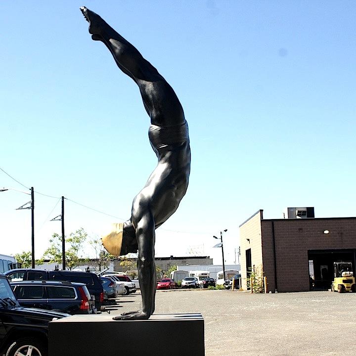 Carole Feuerman diver sculpture Mana Contemporary to present A Golden Mean, an outdoor exhibit of Carole Feuermans lifelike sculptures