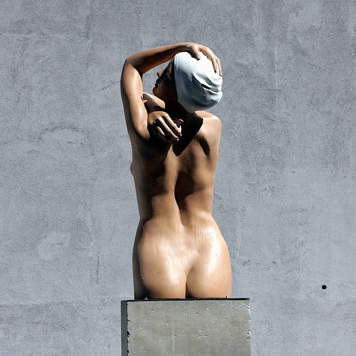Carole Feuerman nude woman Mana Contemporary to present A Golden Mean, an outdoor exhibit of Carole Feuermans lifelike sculptures