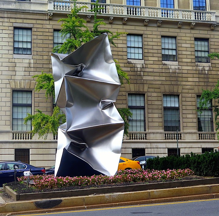 Ewerdt Hilgemann Habakuk sculpture NYC Ewerdt Hilgemanns Implosion Sculptures on Manhattans Park Avenue and at Jersey Citys Mana Contemporary
