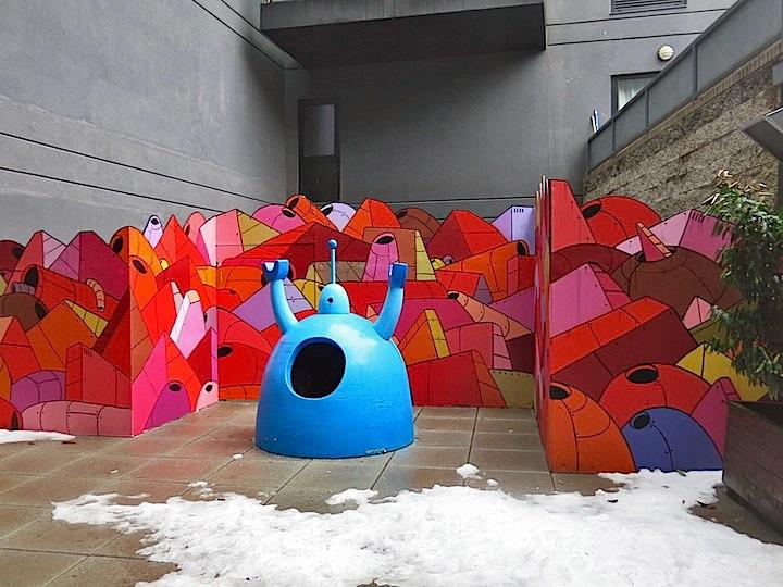 RRobot-street-art-nyc