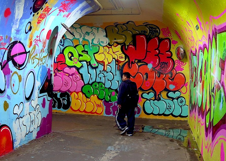 cope2-graffiti-tunnel-DOT