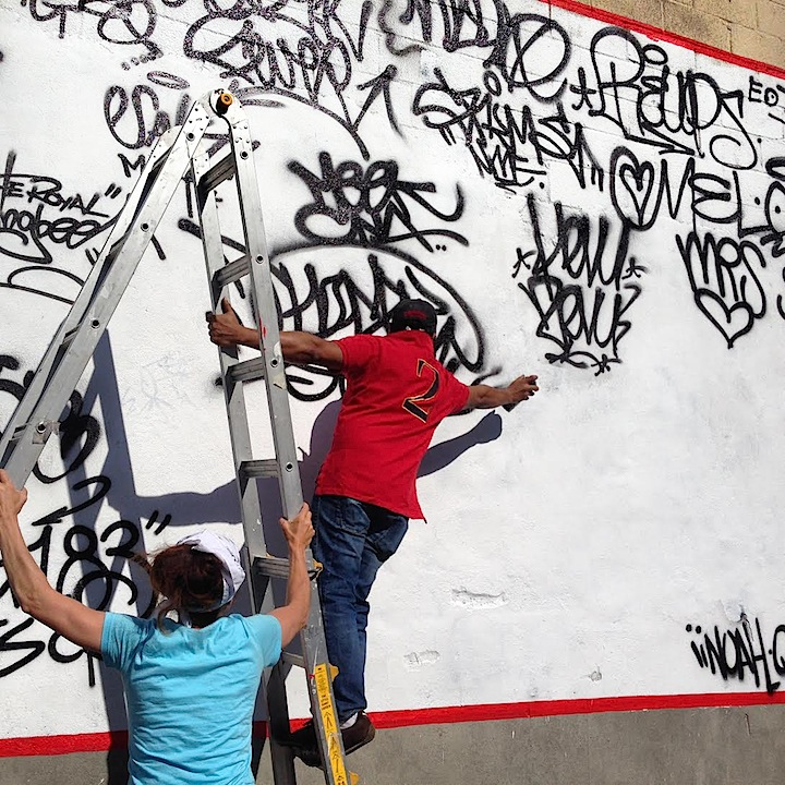 Nicholai Khan handstyle <em>No Longer Empty</em> Presents <em>A Timeline of Handstyles: Signatures from the 1960s to Present Day</em> Across from Old Bronx Borough Courthouse