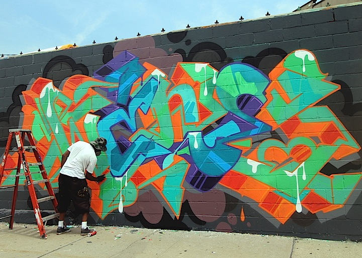 wane paints graffiti welling court The 6th Annual Welling Court Mural Project Launches in Astoria, Queens with: Icy and Sot, Chris Cardinale, LMNOPI, Wane, RRobots, Evan Cairo, Sinned, See One, Queen Andrea and more