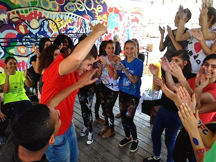 Israeli-and-Palestinian-youth-celebrate