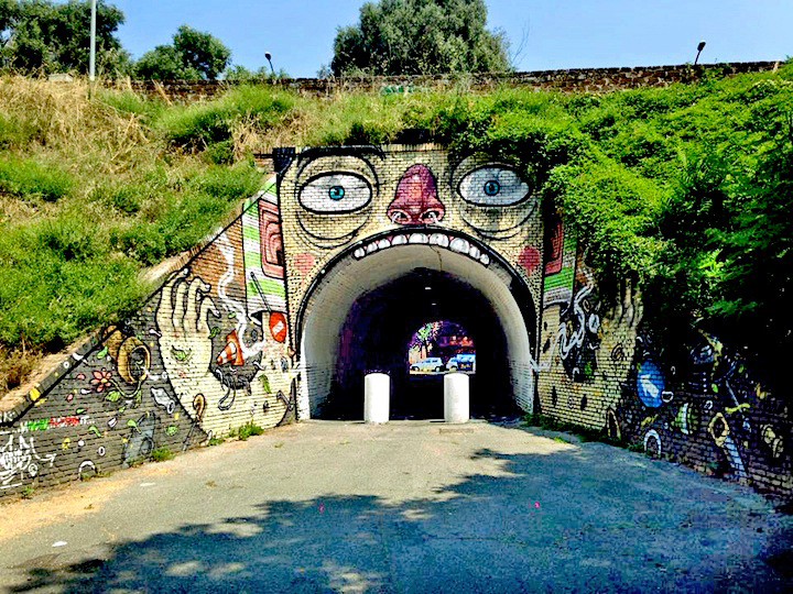 Mr-Thoms-street-art-Rome