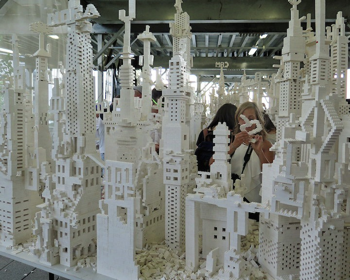 Olafur-Eliasson-lego-Construction-High-Line -NYC