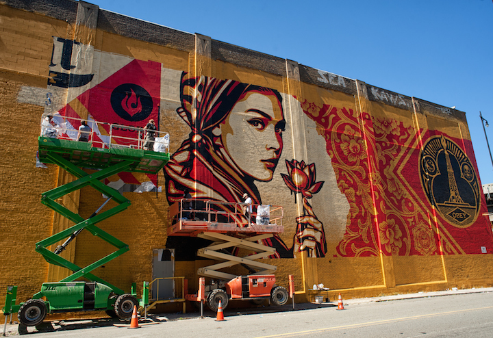 Shepard Fairey street art Mana contemporary Jersey City Shepard Fairey Paints Huge Mural for Mana Contemporary in Jersey City