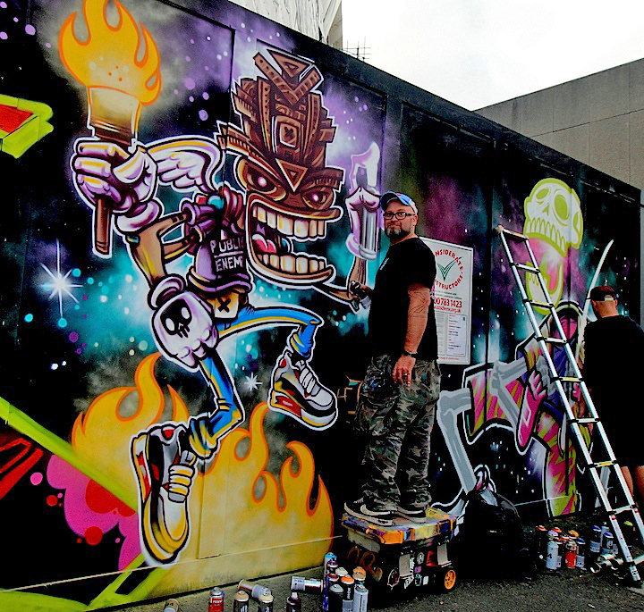 spzero76-and-captain-Kris-graffiti-London