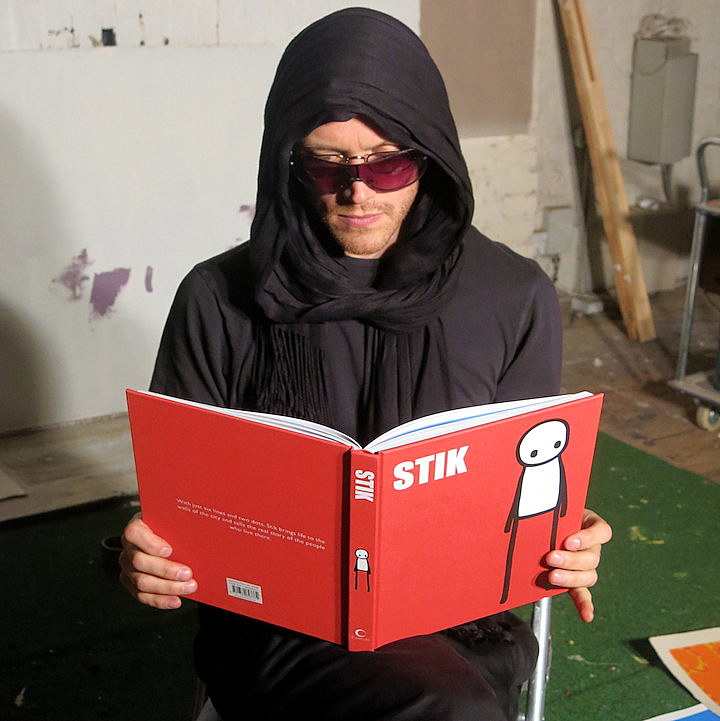 stik-reads-book