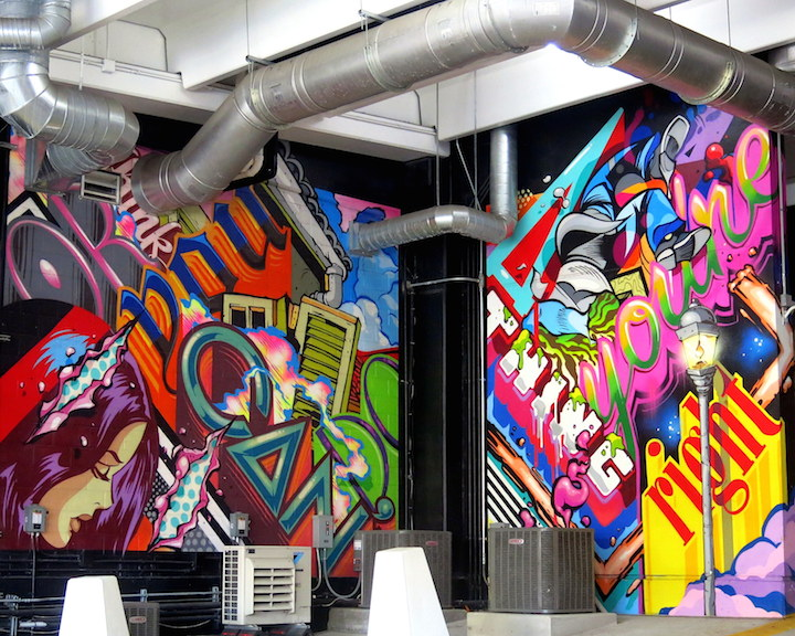 pose-mural-art-the-z-garage-detroit
