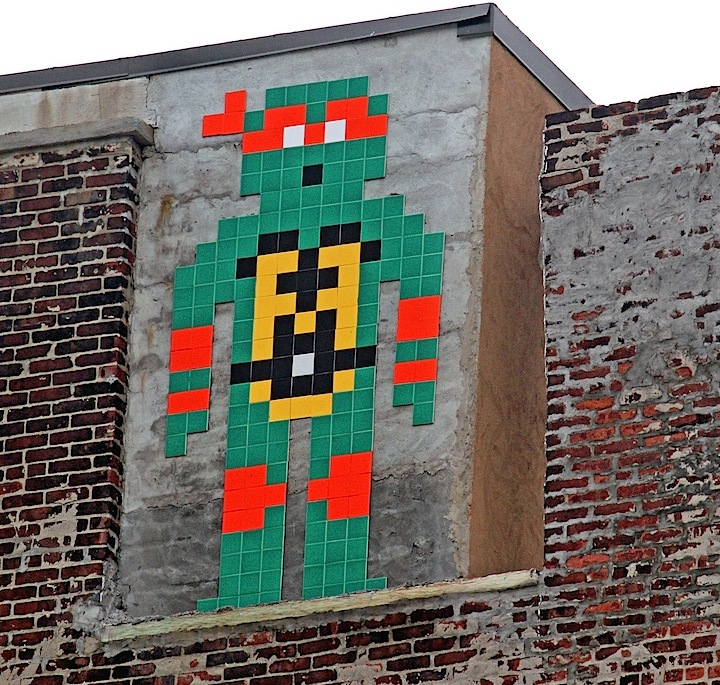 space-invader-Michelangelo-ninja-turtles-street-art-nyc