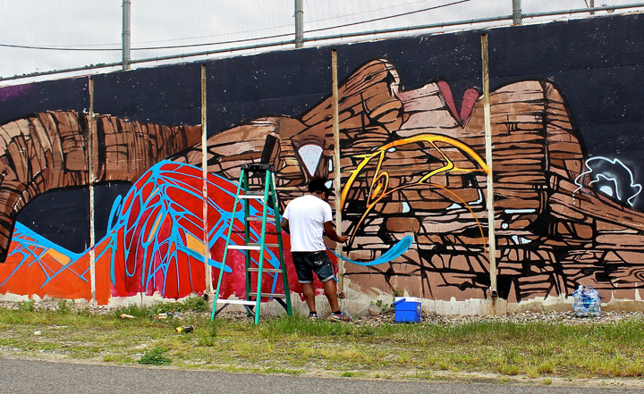 HKS One eighty one paints mural art powwowdc washingtondc At <em>Pow! Wow! DC</em> with The Yok, Sheryo &amp; Persue, Wooden Wave, Caratoes, Hoxxoh, Decoy, Vero, Jacob Eveland, HKS181, Naturel, Drew Merritt &amp; Insa and more