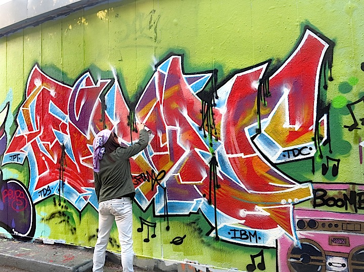Lady-K-Fever-Paints-graffiti-NYC