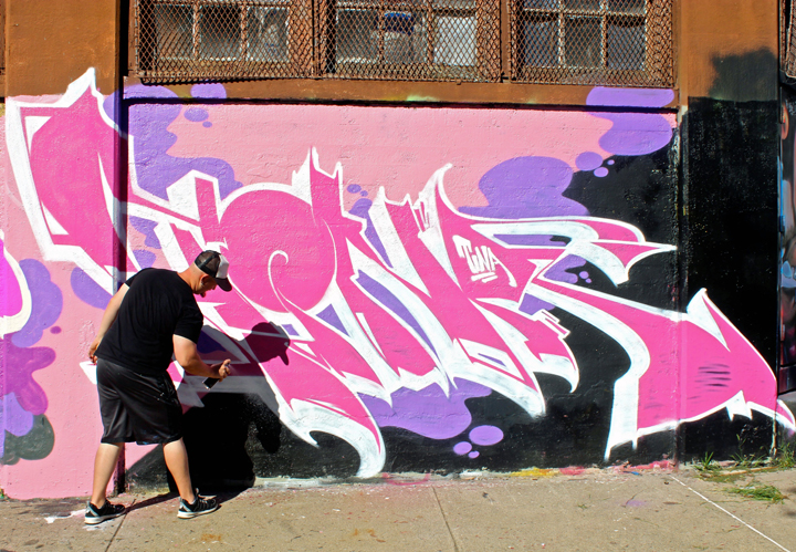 mocks-paints-graffiti-newark-new-jersey