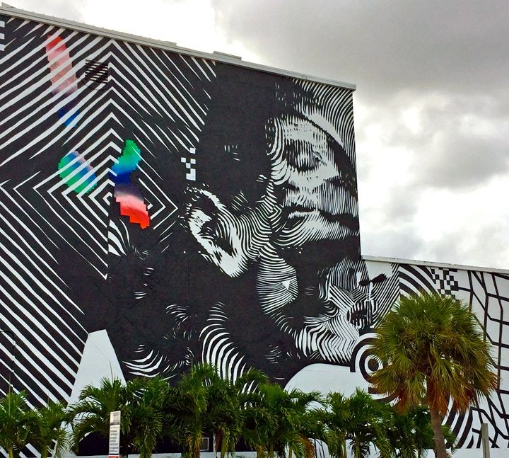 2 alas street art wynwood Faces in Wynwood Open Spaces, Part IV: 2alas with Felipe Pantone, Hueman, Sipros, Kevin Ledo, Mr. Dheo and Atomiko