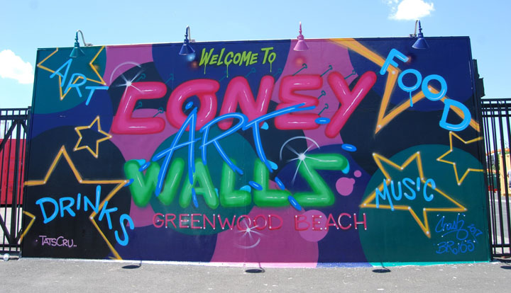 Crash BR163 TatsCru street art mural coney art walls nyc New at <em>Coney Art Walls</em> for Summer 2017: Lee Quinones, Mark Bodé, Chris Stain, Skewville, Ganzeer, Alexis Diaz, Shantell Martin, Jim Drain, Crash with BR 163 and more